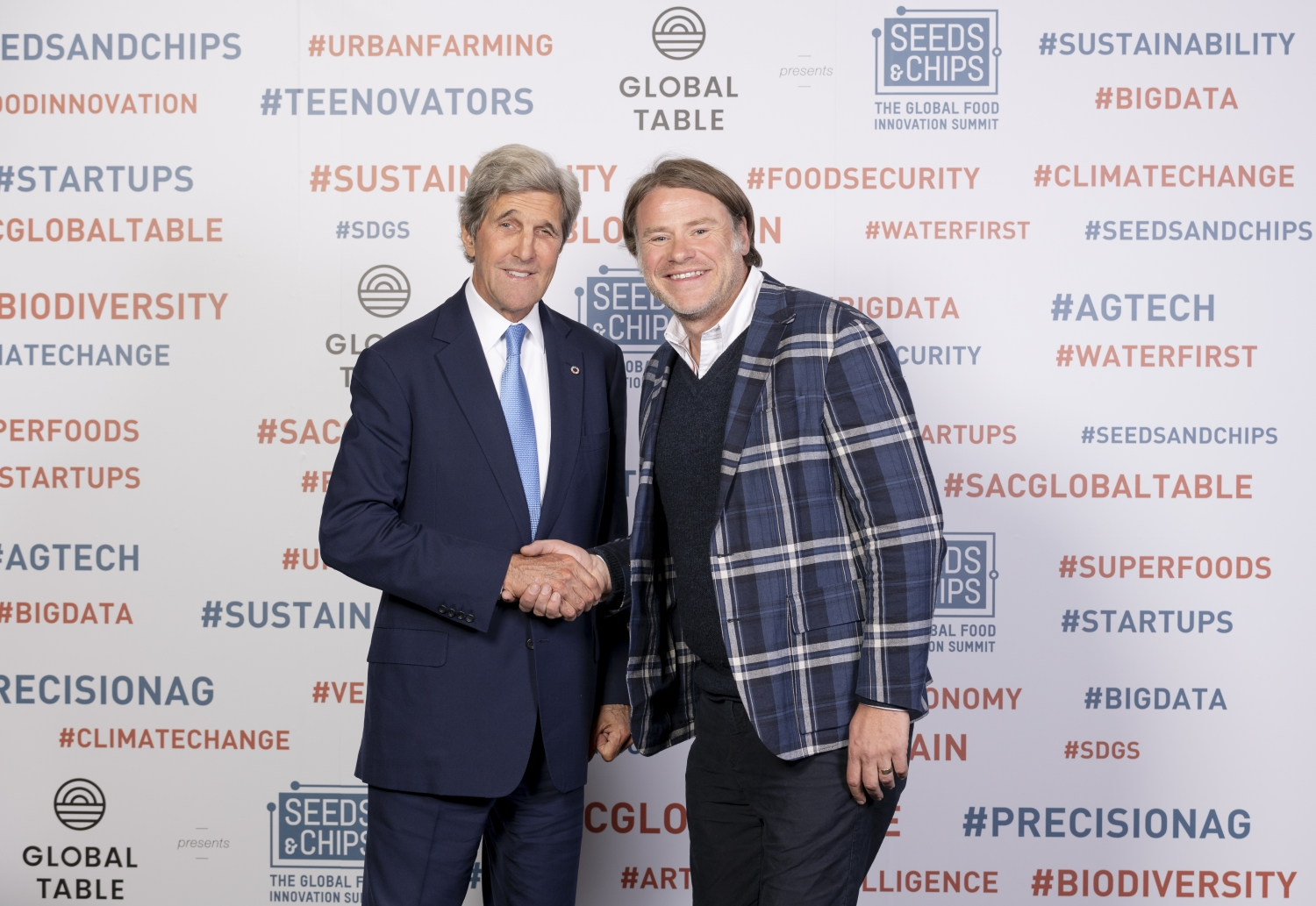 Radek Sali and John F. Kerry Photo Line at Global Table 2019
